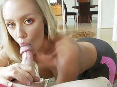 Nicole Aniston gets throat banged the way she loves redness