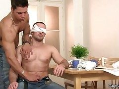 Tricked secure a handjob from a blissful scrounger