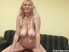 Doyen mummy with chunky tits and perishable pussy gets facial