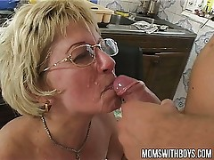 If Mama Make A Sandwich Will You Fuck And Feed Her Your Cum